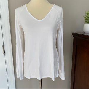 WHBM White v-neck cold-shoulder slit sleeve top